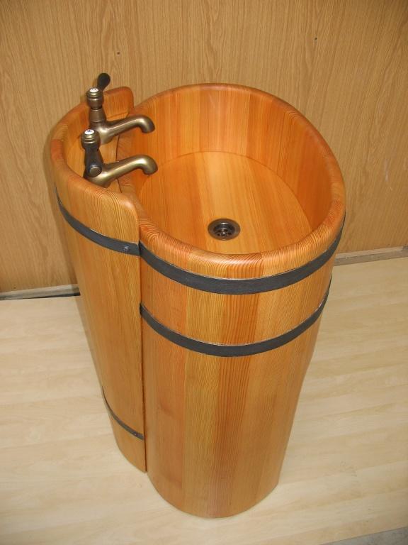 dřevěná vana, dřevěné umyvadlo, koupelna ve dřevě, bath wood