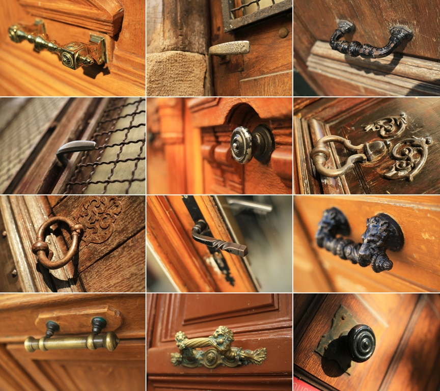 Staré kování na dveře