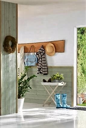 Dřevěné obložení stěny